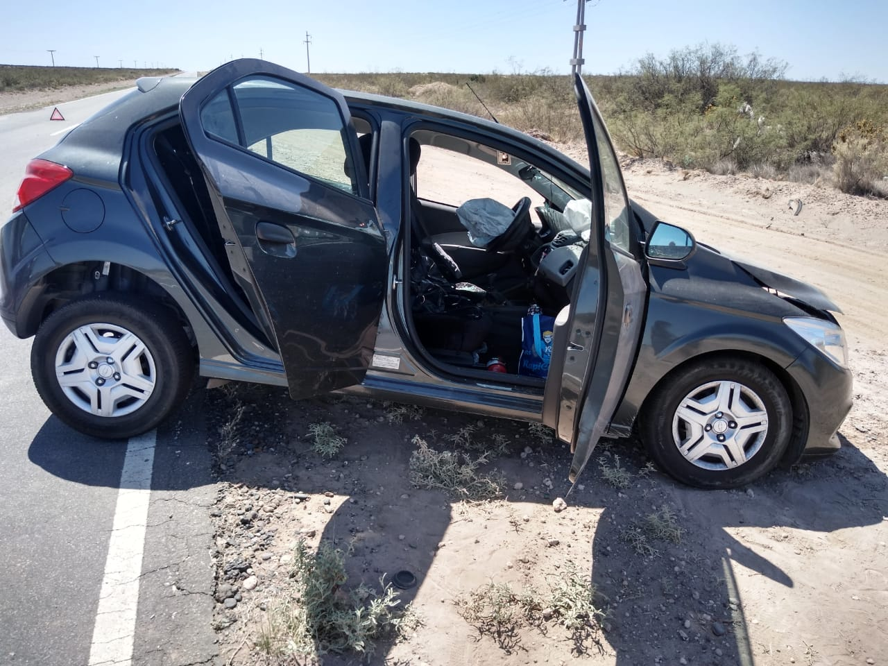 IMG 20200223 WA0018 - Ruta 151: Por esquivar un pozo chocó contra un camión